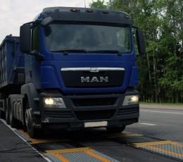 Кабмін вводить цілодобовий ваговий контроль вантажного транспорту