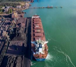 Порт «Південний» перевищив абсолютний річний максимум перевалки вантажів