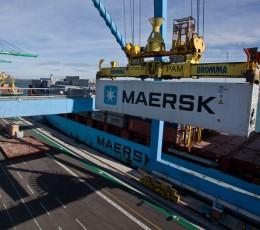 Maersk, как и прежде, будет работать в двух украинских портах