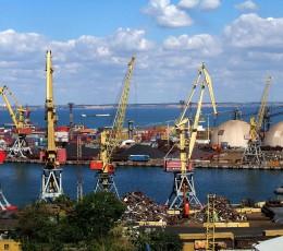 Українські морські порти скоротили вантажообіг на 13,3%