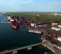 Кабмин Украины официально переименовал морской порт «Южный» в «Пивденный»