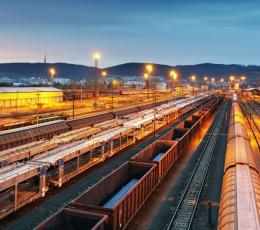 """""""Укрзализныця"""" подняла тарифы на железнодорожные грузоперевозки на 14,2%"""
